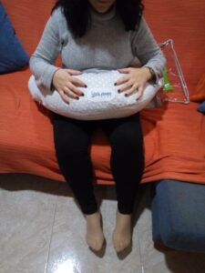 embarazada sentada