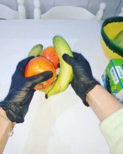 guantes para manipular la fruta